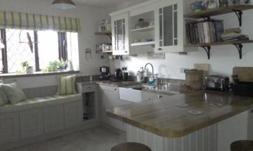Painted Kitchen in Bespoke colours