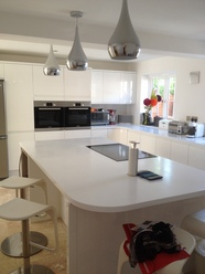 High Gloss Handlefree kitchen